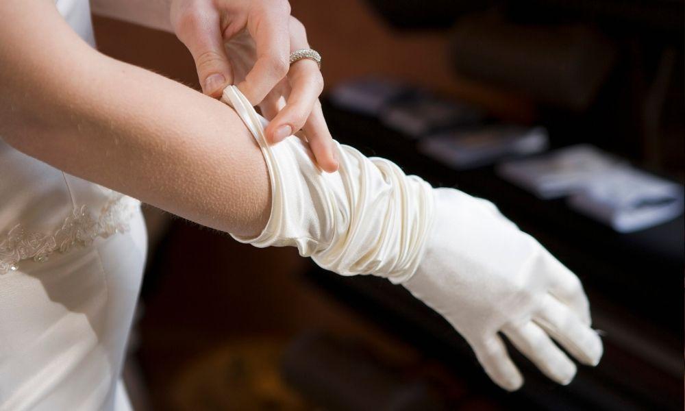 Jednorazowe rękawiczki foliowe – jak je używać?