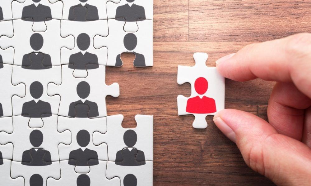 Czym powinna cechować się firma rekrutacyjna?